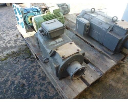 Gleichstrommotor Werkstätten Hof 7,75kW 440V- 3100U Lüfter fehlt - Bild 2