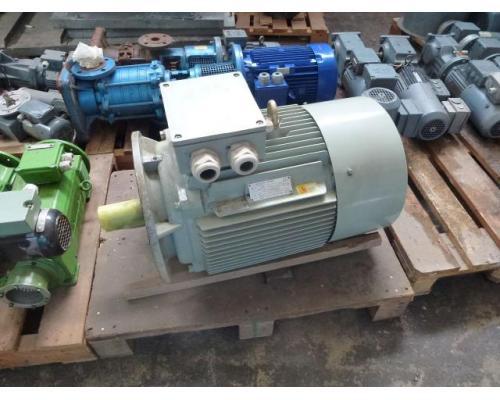 Gleichstrommotor Werkstätten Hof 7,75kW 440V- 3100U Lüfter fehlt - Bild 15