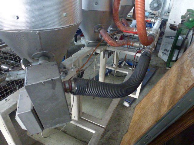 3 x Trocknungstrichter Digicolor ST150 auf einem Gestell m.5 Räder - 4