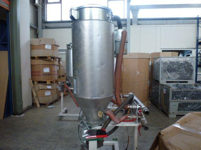 2x Trocknungstrichter Digicolor ST150 auf Gestell m.5 Räder & Verrohrung - 5