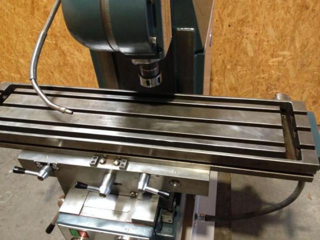 MONDIALE Univ.- Werkzeugfräsmaschine VIKING 1MA - 4