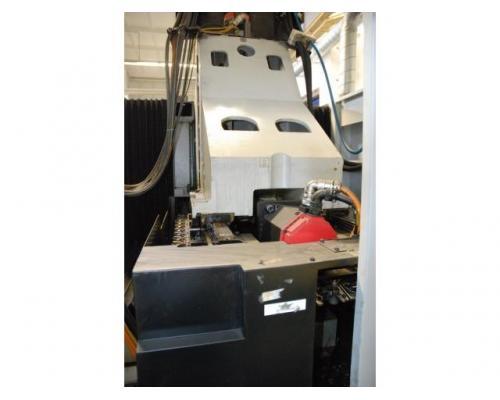 Vertikales Bearbeitungszentrum STAMA MC 326 - Bild 4
