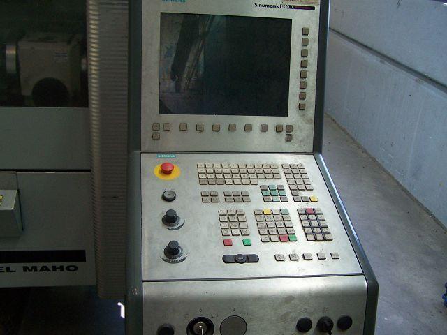 4 Achsen Bearbeitungszentrum Deckel Maho DMP 60 V - 2