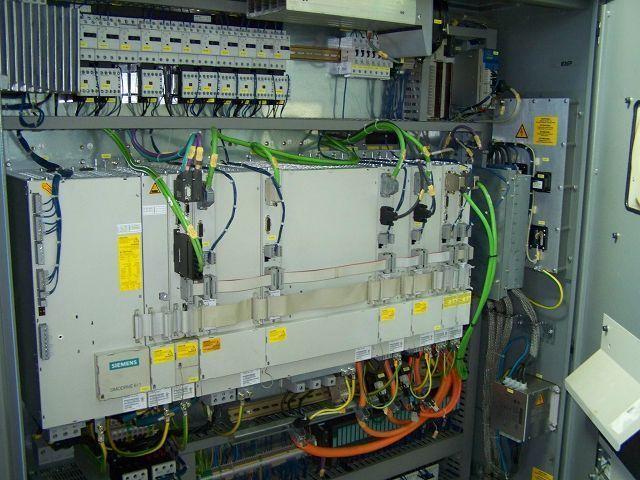 4 Achsen Bearbeitungszentrum Deckel Maho DMP 60 V - 3