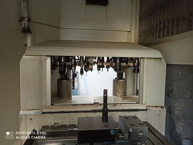 Vertikalbearbeitungszentrum Deckel Maho DMU 100T - 8