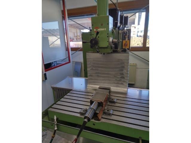 Werkzeugfräsmaschine Hermle UWF900E - 1