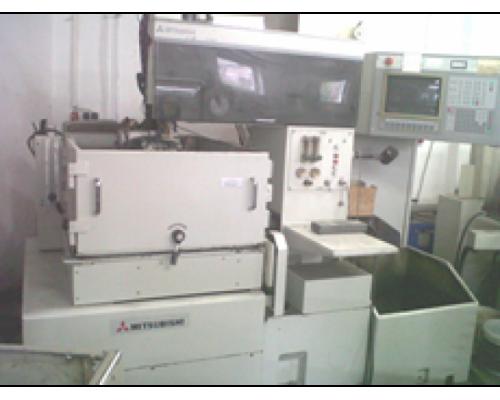 Drahterodiermaschine Mitsubishi SA 110 - Bild 1