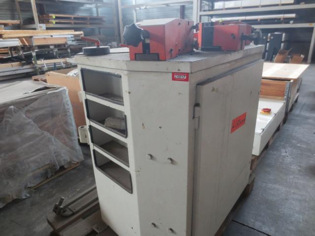 Eckenpresse Rapid HP208 - 2
