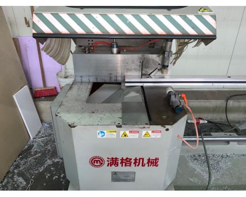 2x Doppelgehrungssägen China - Bild 2