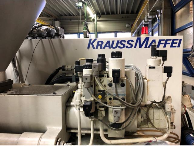Spritzgießmaschine Krauss Maffei 80-220 C1 - 2
