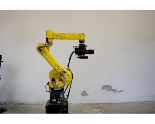 Roboter Fanuc AM100IC - Bild 1