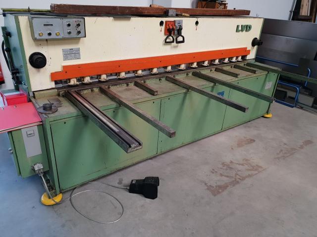 LVD MV 25 - 4 hydraulische Tafelschere - 2