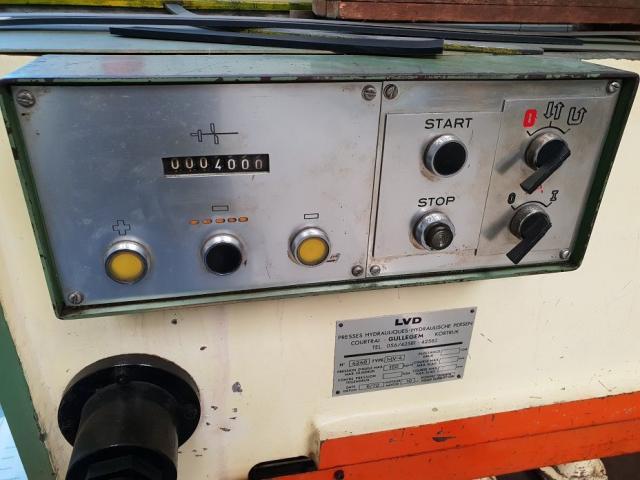 LVD MV 25 - 4 hydraulische Tafelschere - 3