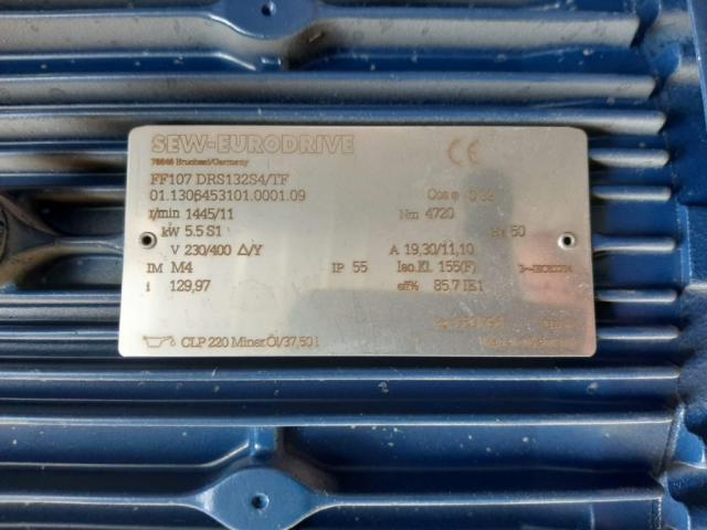 SEW EURODRIVE Flach-Getriebemotor FF107 - 2