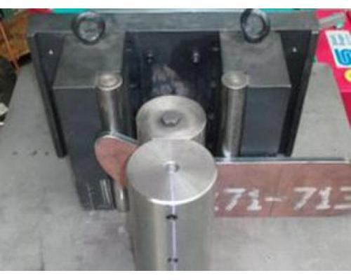 Hydraulische Presse 1300 CNC - Bild 1