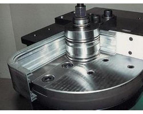 Hydraulische Presse 1300 CNC - Bild 3