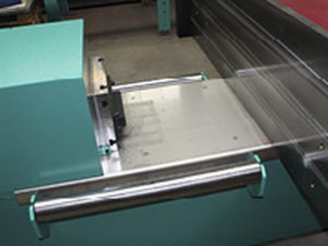 Richtmaschine für Metallteile 8800 NC+ - 2