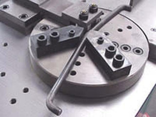 Radiale Biegemaschine 10'000 CNC - 5