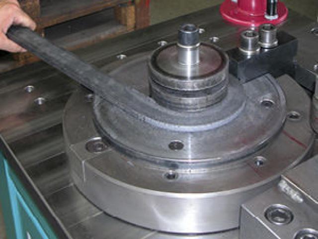Radiale Biegemaschine 2500 CNC - 4