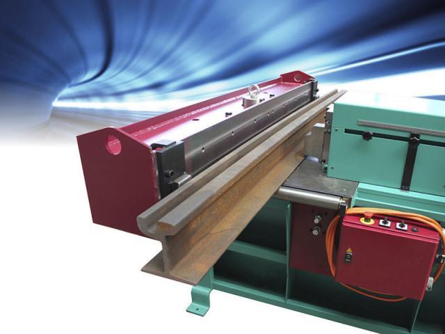 Hydraulische Biegemaschine 1300 NC - Rail - 1
