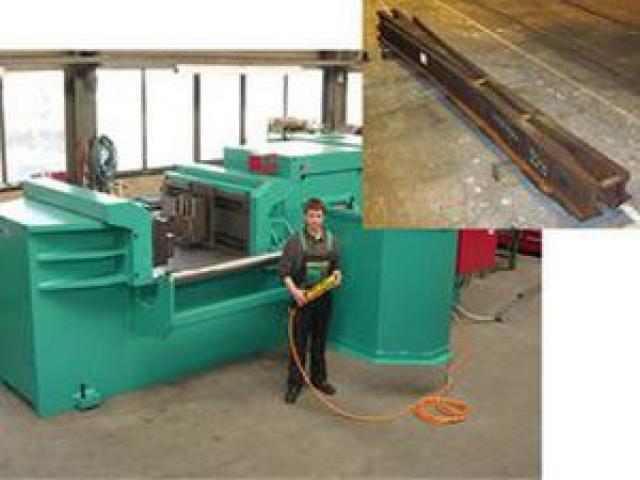 Hydraulische Biegemaschine 1300 NC - Rail - 2