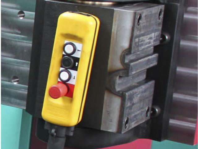 Hydraulische Biegemaschine 1300 NC - SE - 4