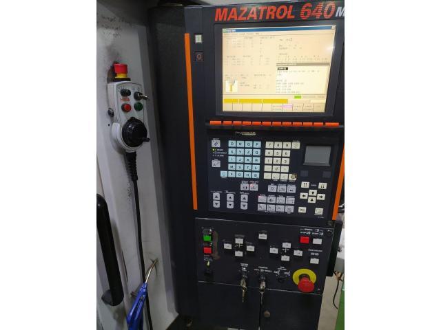 Mazak VTC 200B - 2